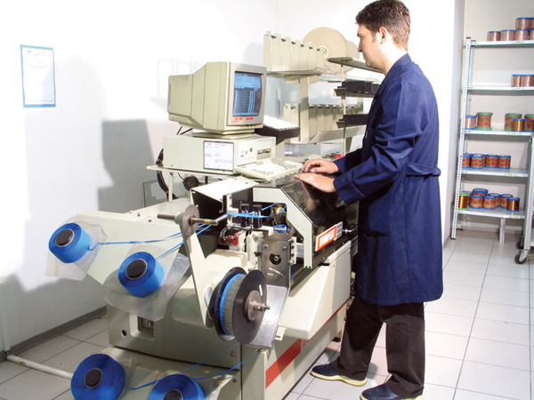Axial Component Sequencer