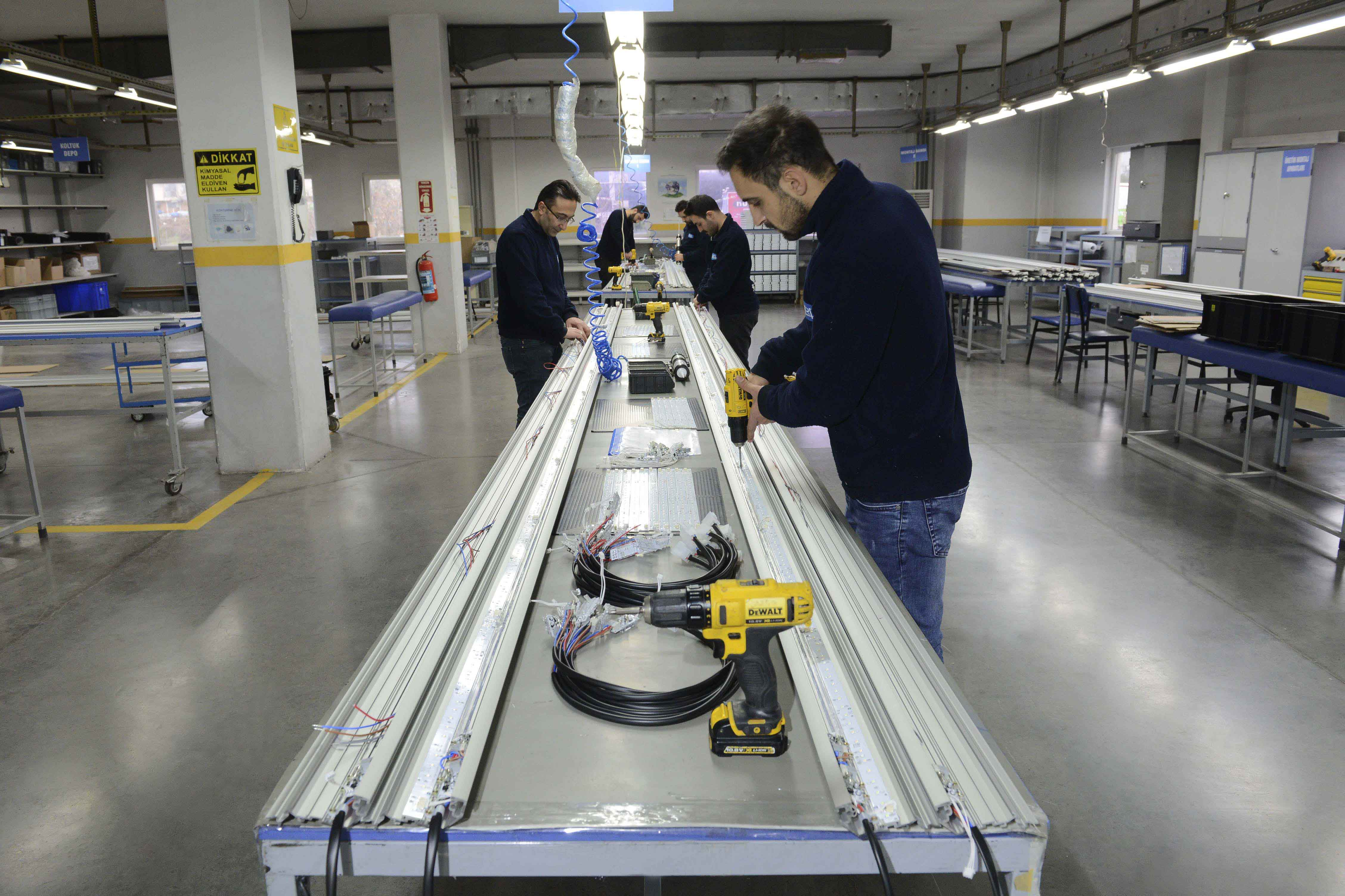 Continous Lighting System Assembly Line